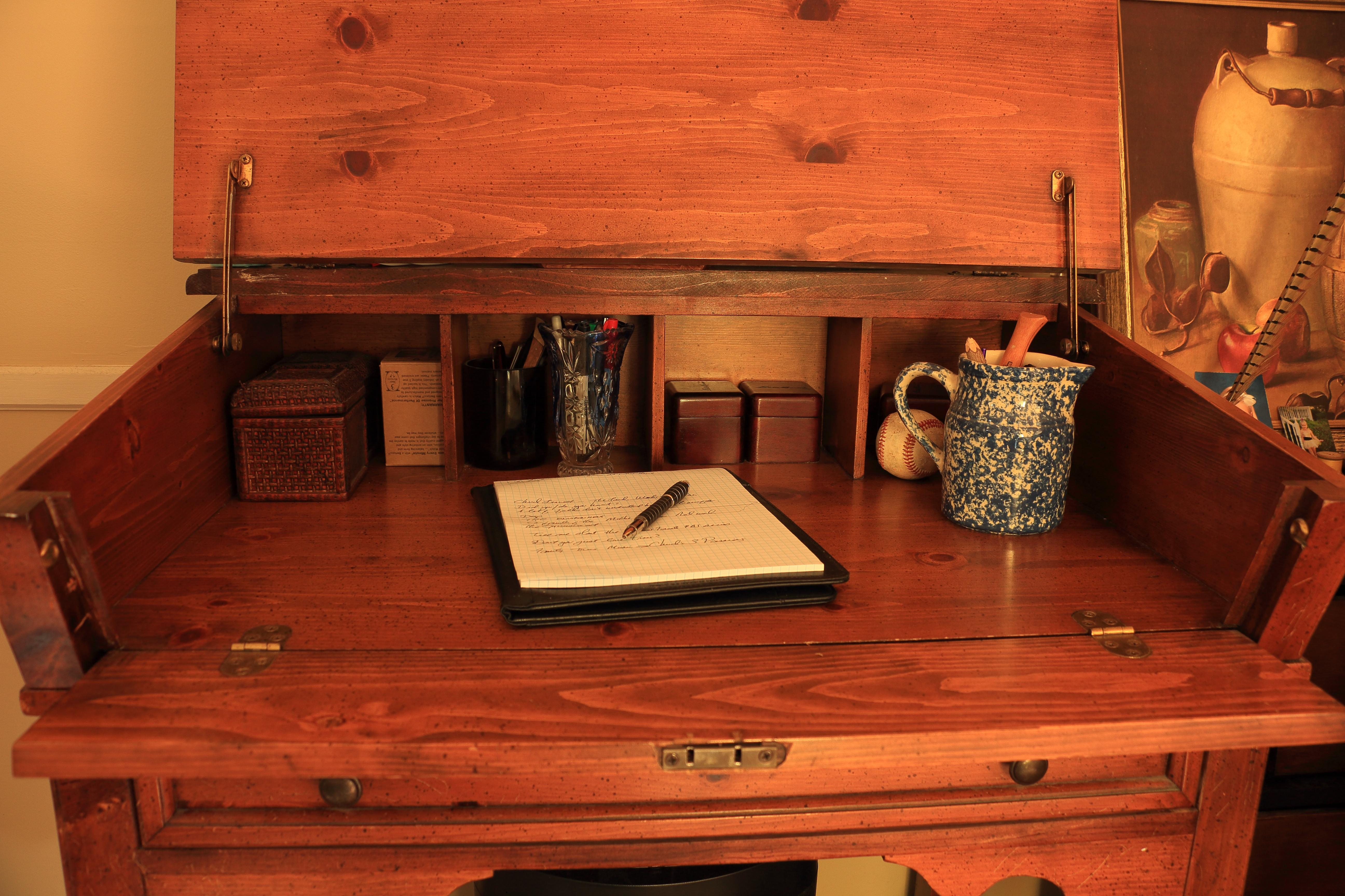 Pine Desk 1